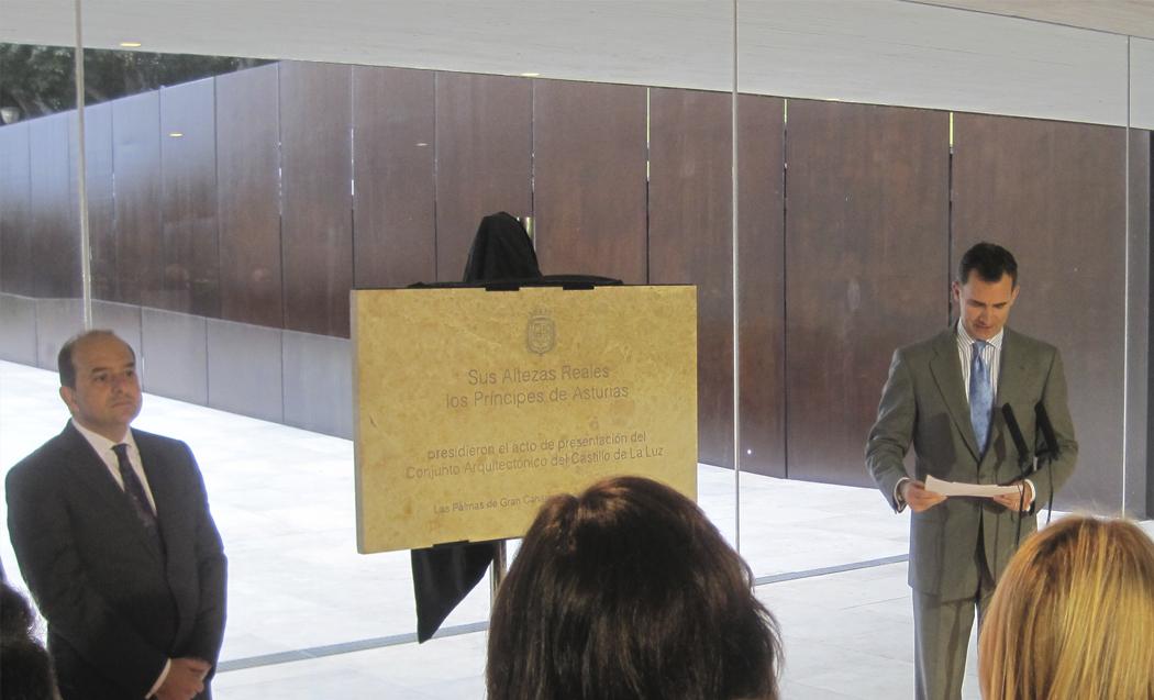 El alcalde Juan Jose Cardona y el Principe Felipe