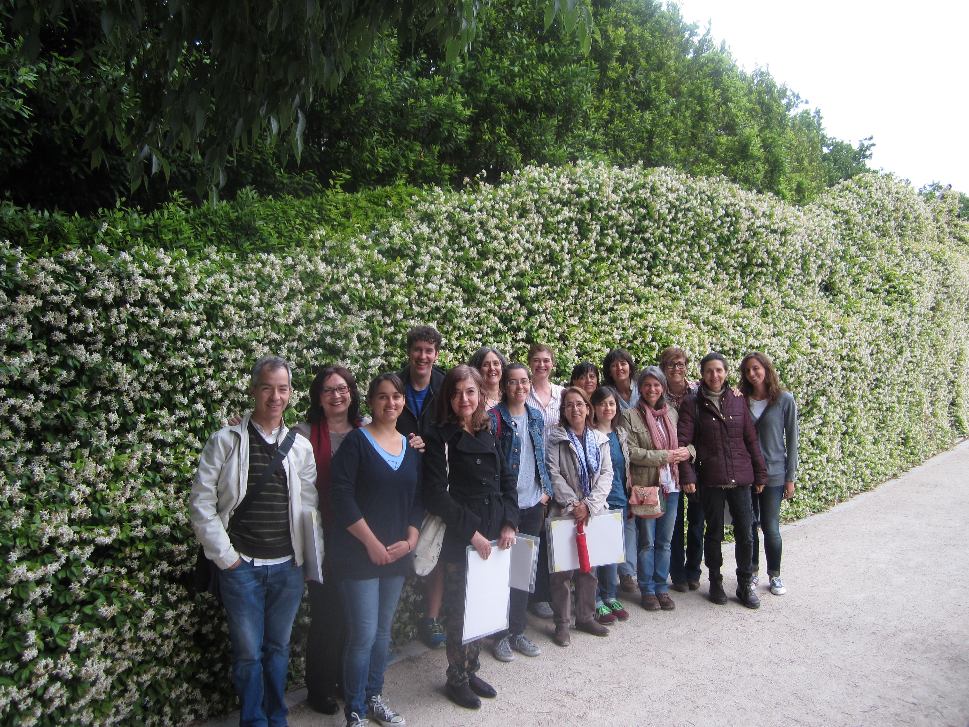 Alumnos del 6º Curso de dibujo botánico en el RJBM